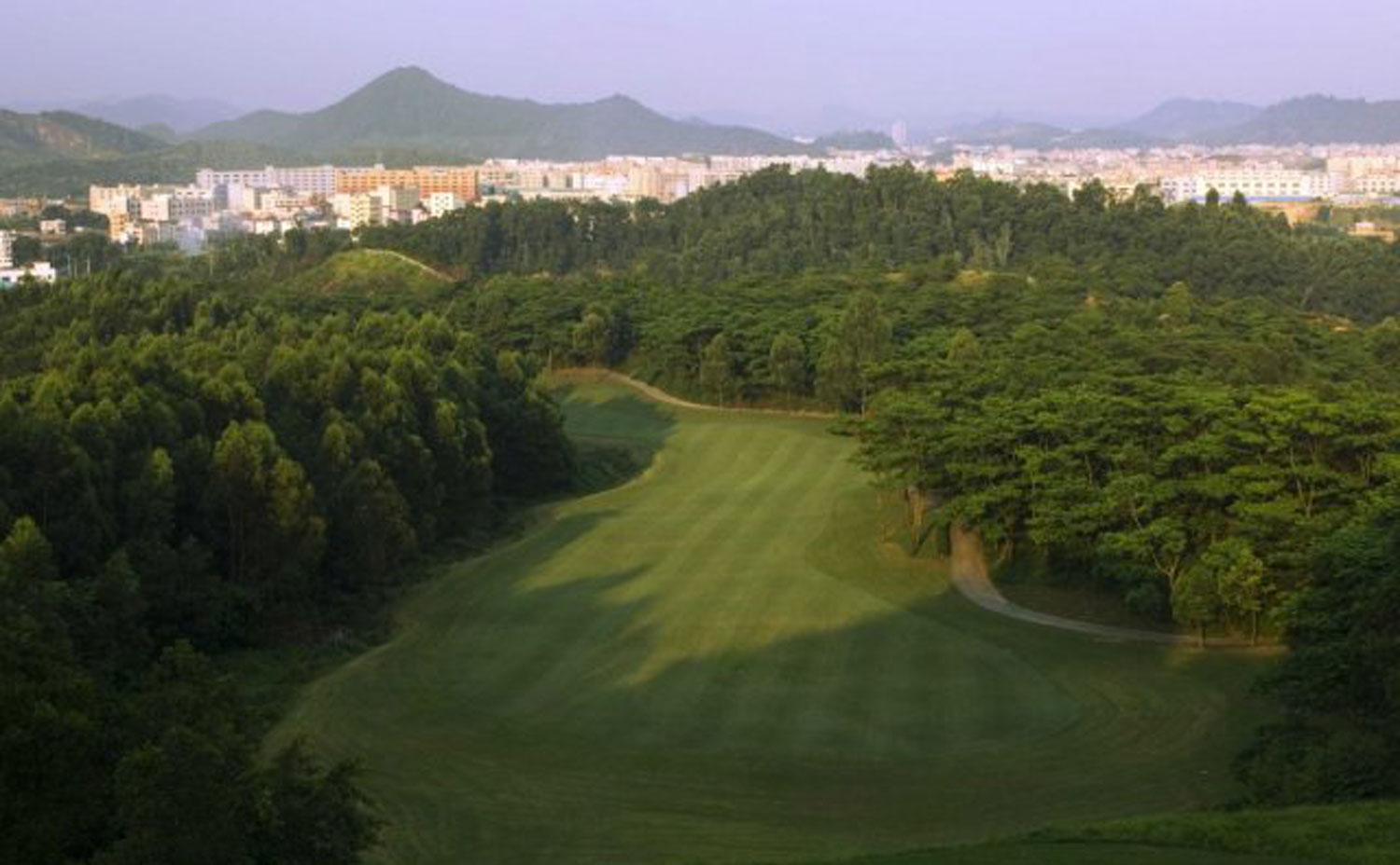 Mission-Hills-Shenzhen-Els-Golf-Course